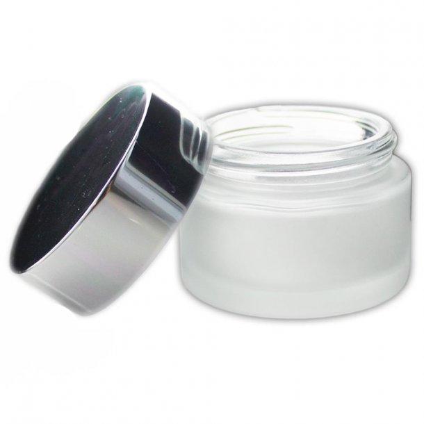 50 ml. glas creme bøtte med sølvfarvet låg